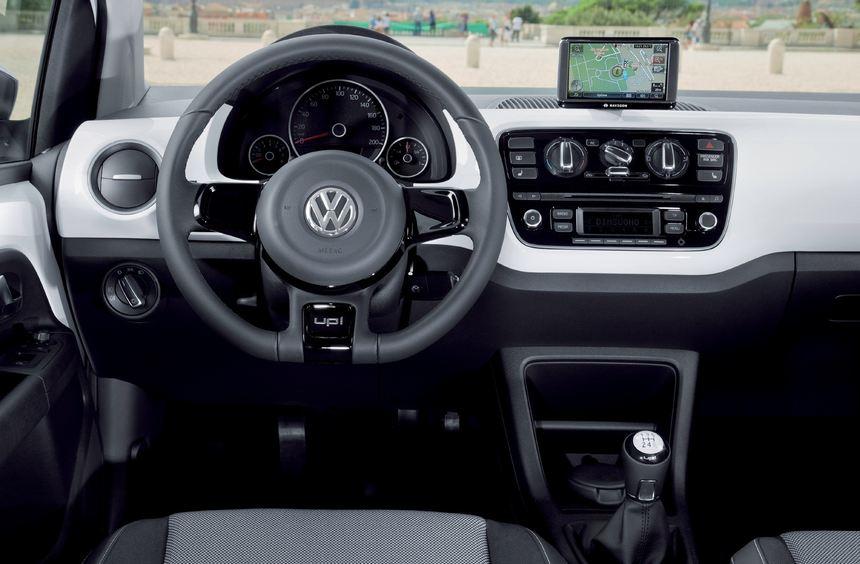 Im flotten Winzling Up debütiert das portable Infotainment- und Navigationssystem Maps and More