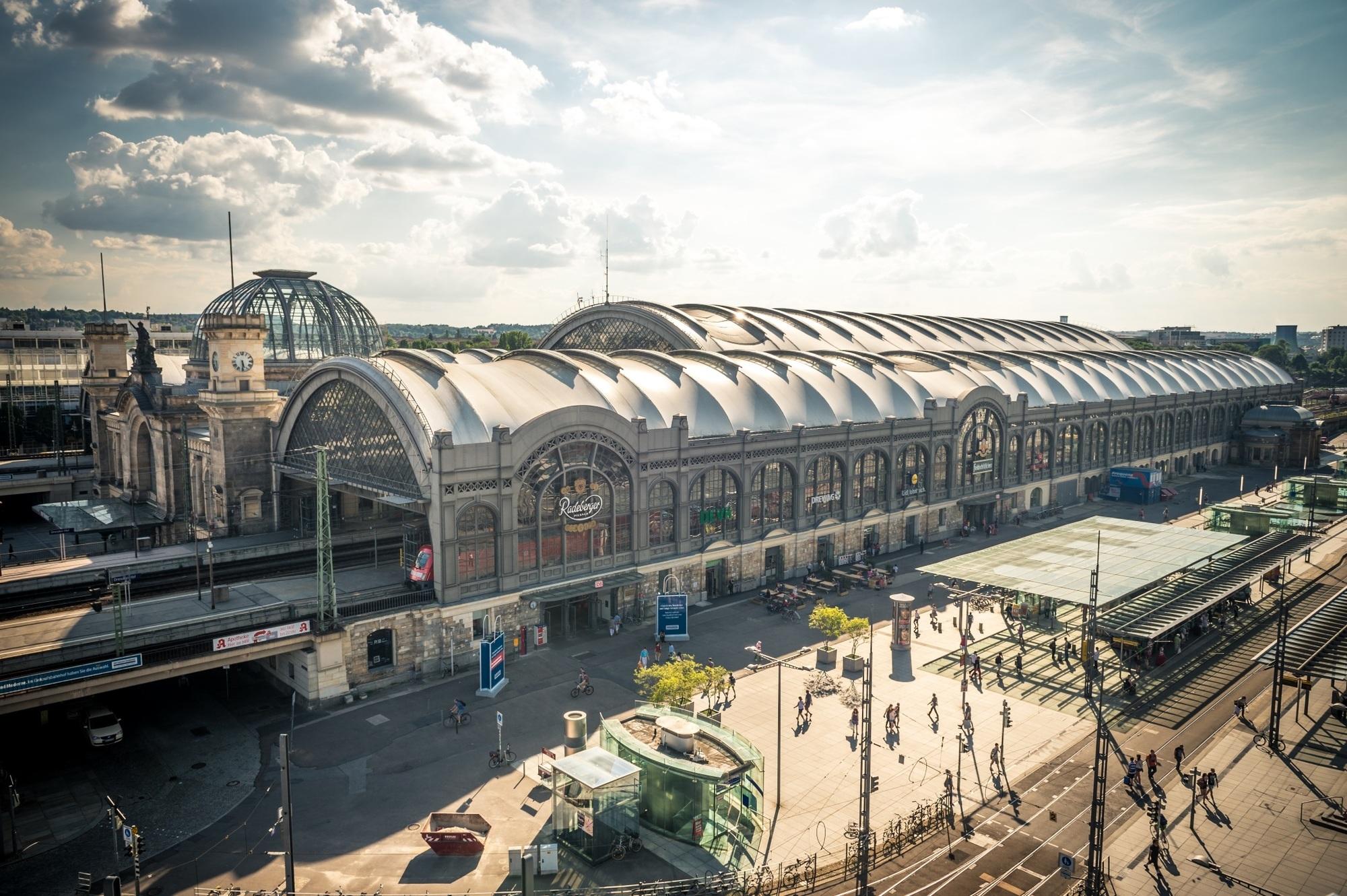 Bahnhöfe des Jahres - Auszeichnung für Dresden und Hünfeld