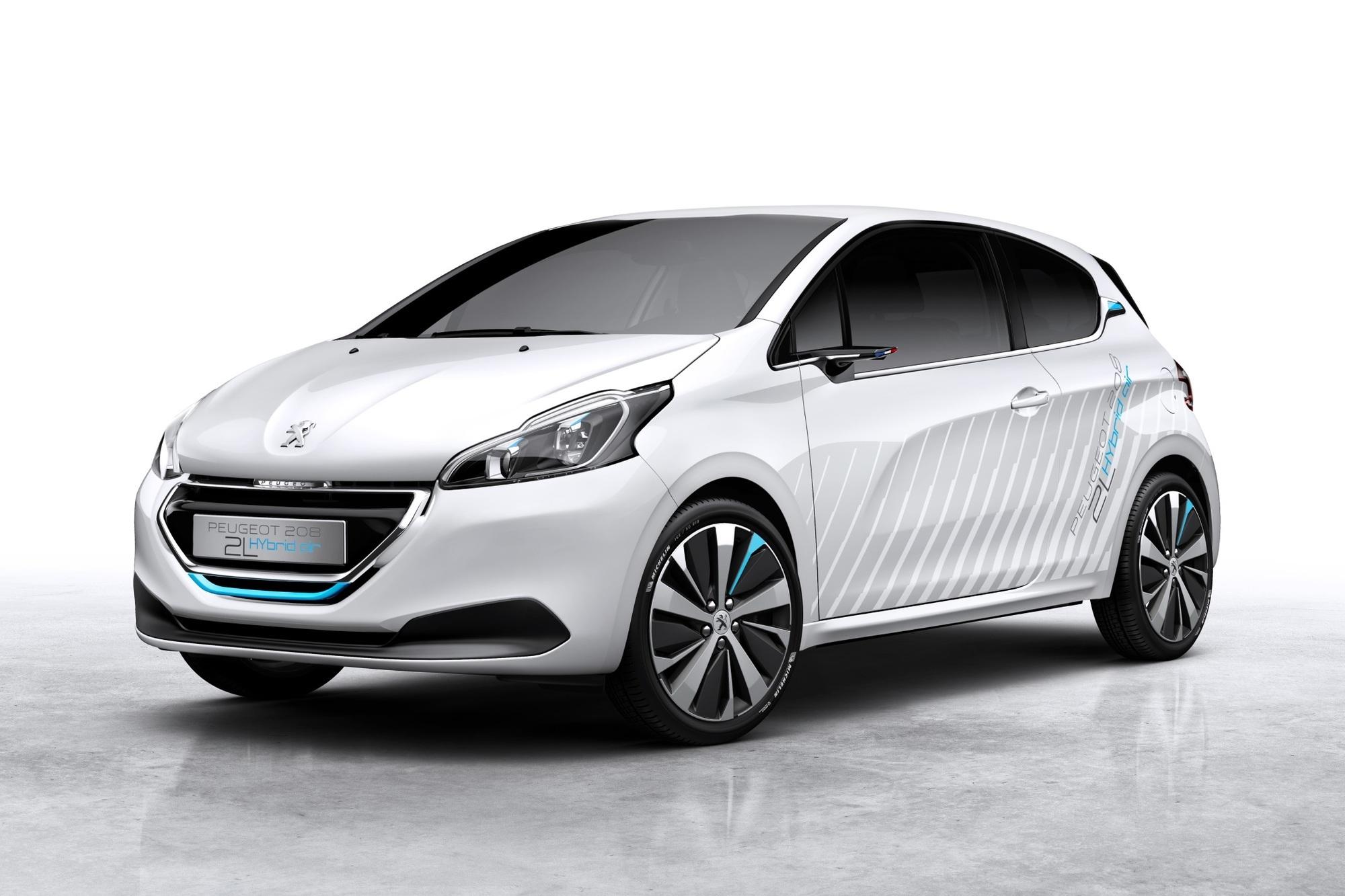Peugeot 208 Hybrid Air 2L - Luftdruck und Leichtbau