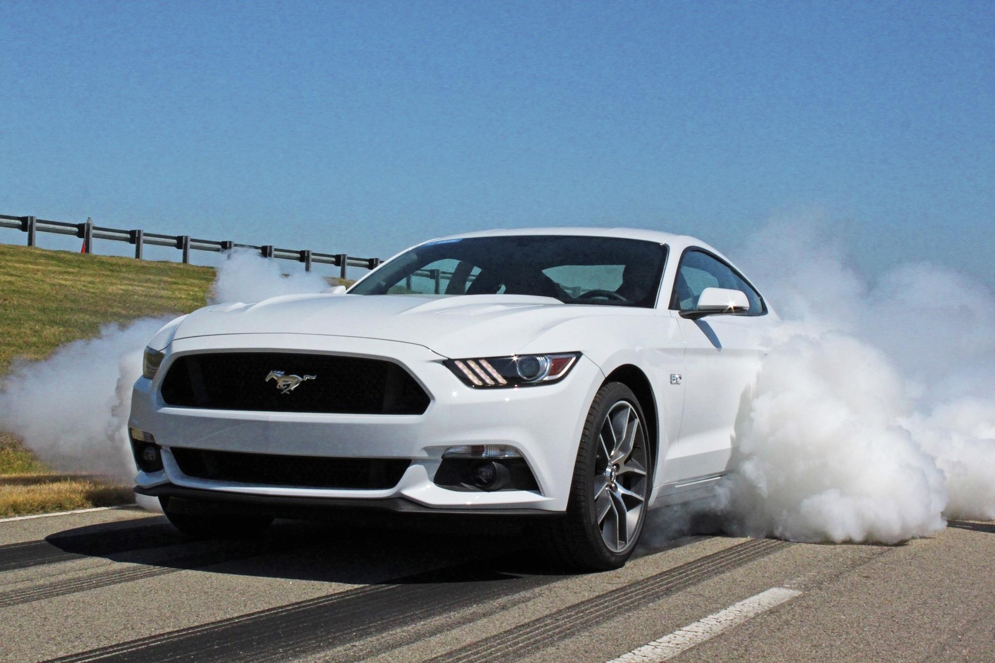 Fahrbericht: Ford Mustang  - Mit 50 Jahren Verspätung