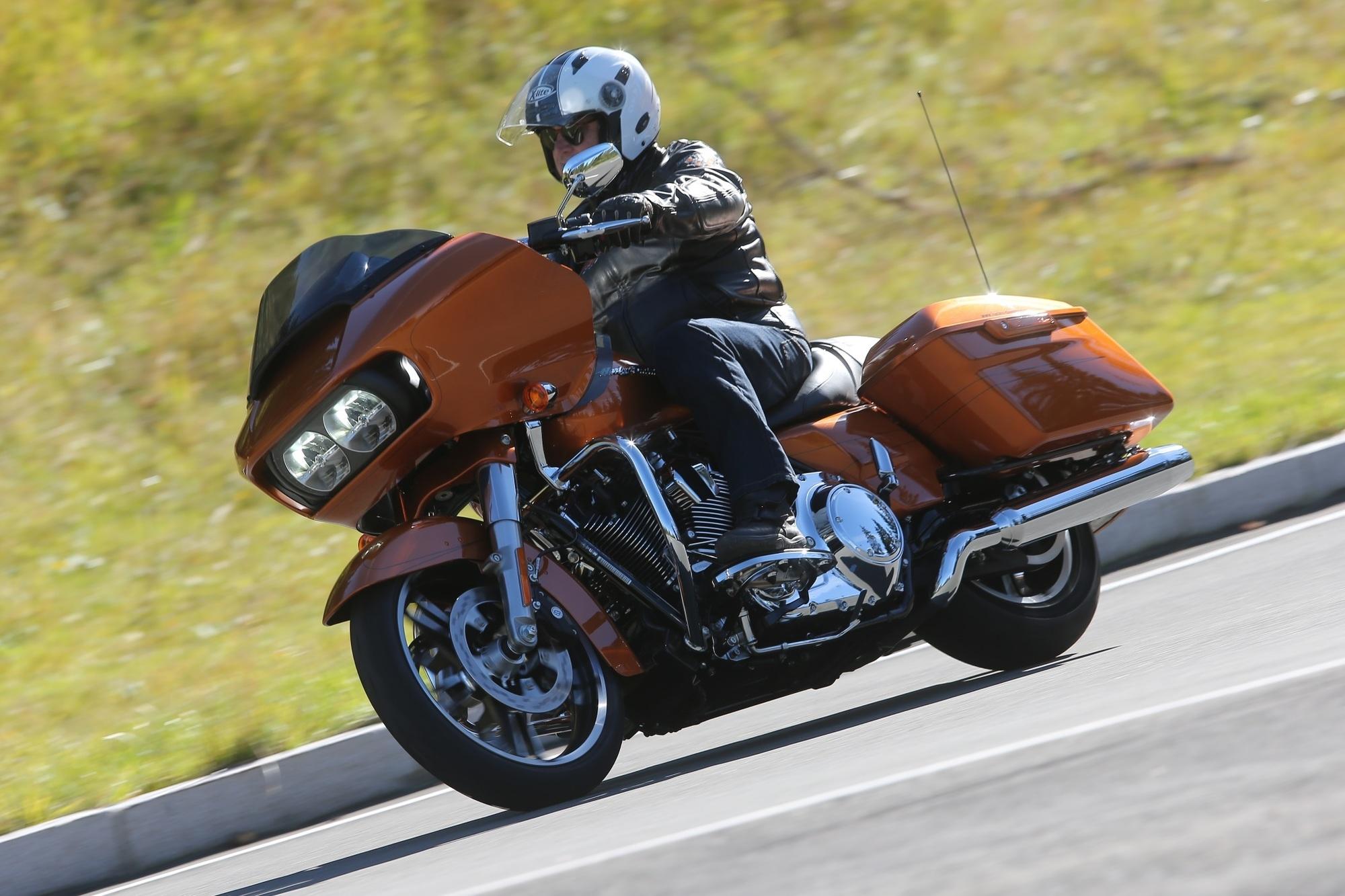 Test: Harley-Davidson Road Glide Special - Durch Zeit und Raum