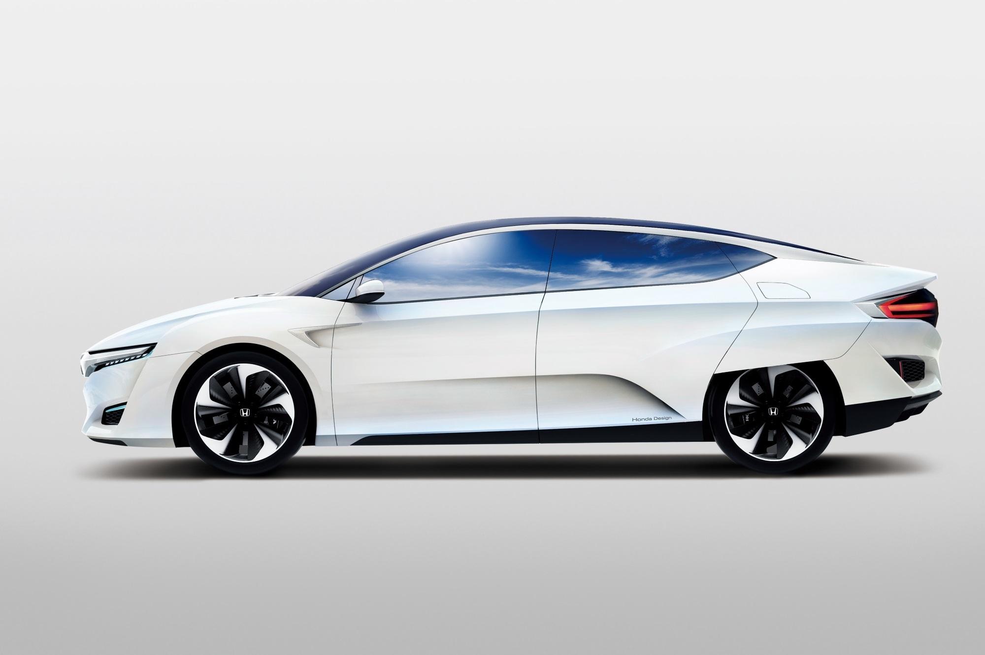 Honda FCV - Brennstoffzellen-Auto bis März 2016