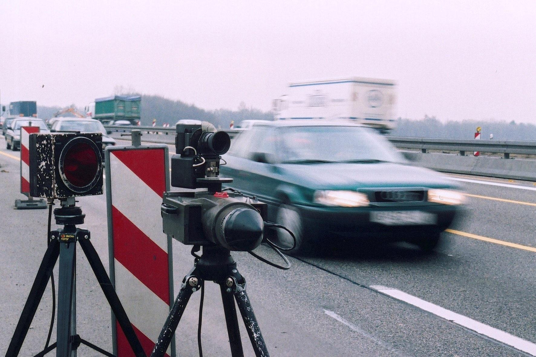 Recht: Rechtswidrige Geschwindigkeitsbegrenzung - Zu Unrecht Tempo 80