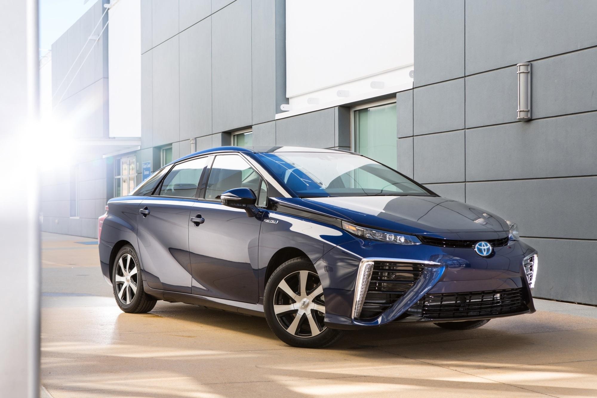 Toyota Mirai - Mehr Wasserstoff