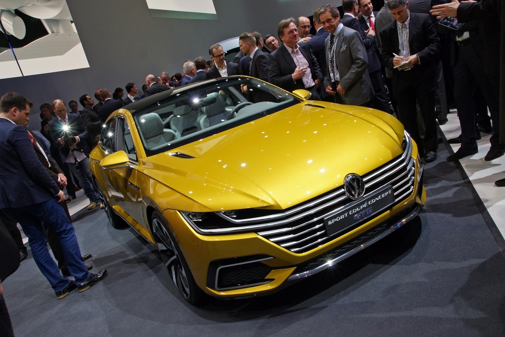 VW Sport Coupé Concept GTE - Edel-Passat mit Zukunftsperspektive