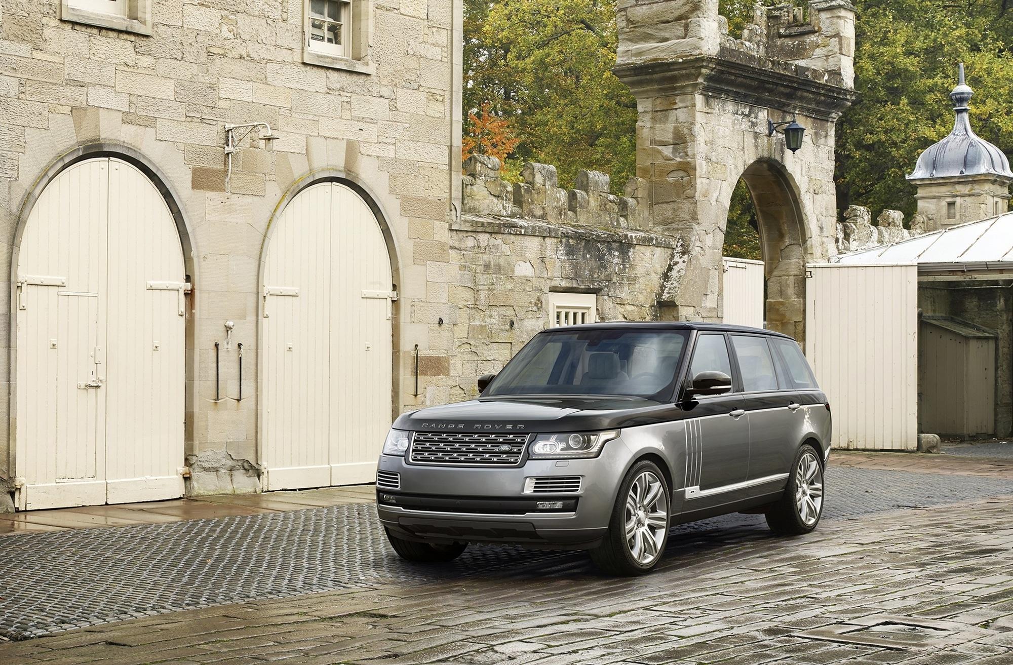 Range Rover SVAutobiography - Nobel-SUV mit optionalem Klappstuhl