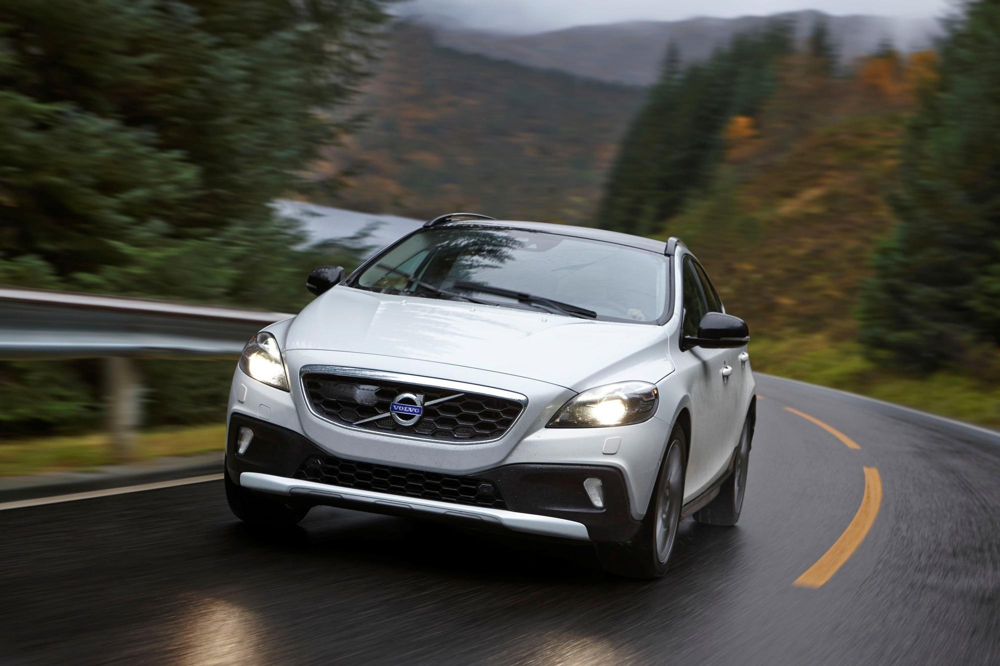 Test: Volvo V40 Cross Country T5 AWD - Das schwedische Natur-Bürschchen