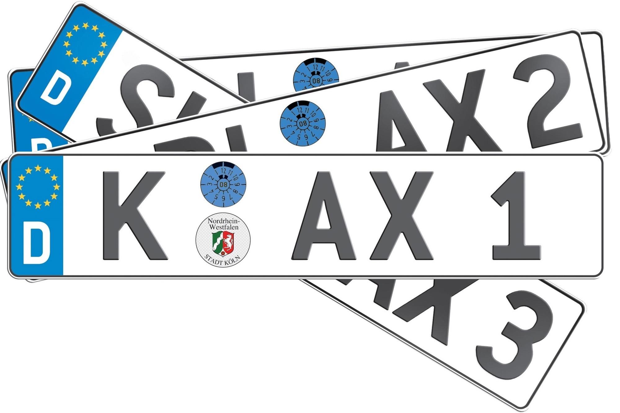 Recht: Nummernschild manipulieren - Europaflagge darf nicht überklebt werden