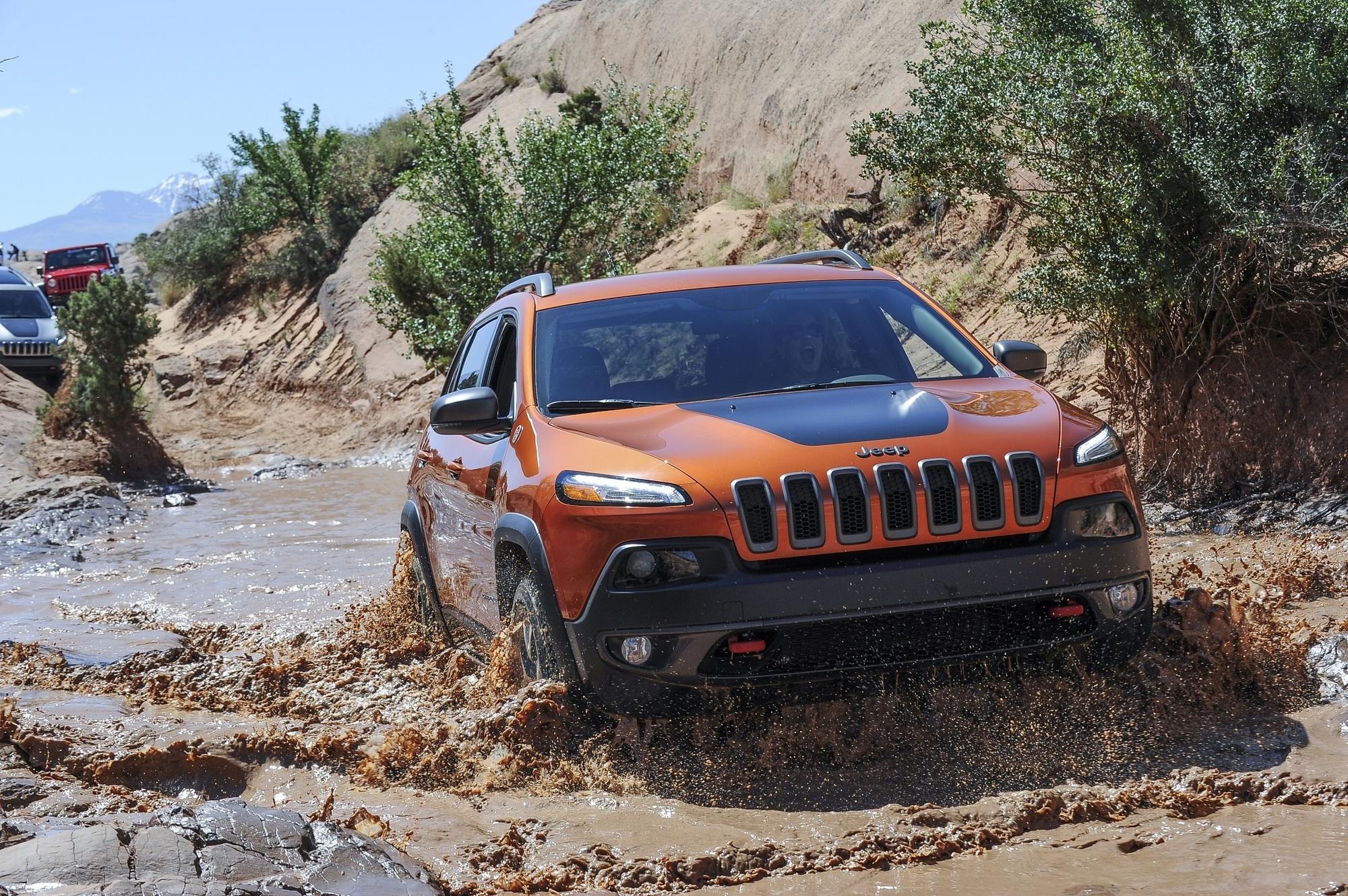Mit dem Jeep Cherokee durch die Nationalparks in Utah - Wenn die Autos rot sehen