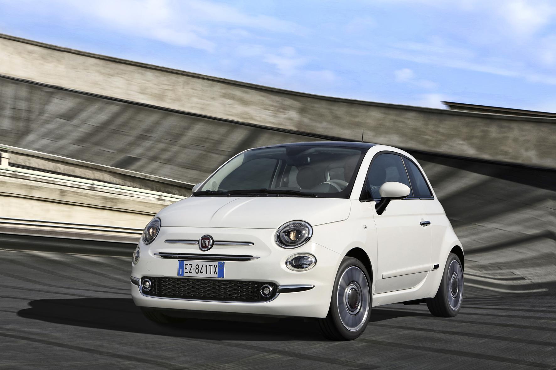 mid Turin - Die ovalen Scheinwerfer geben der Frontpartie des 500 ein neues Aussehen.