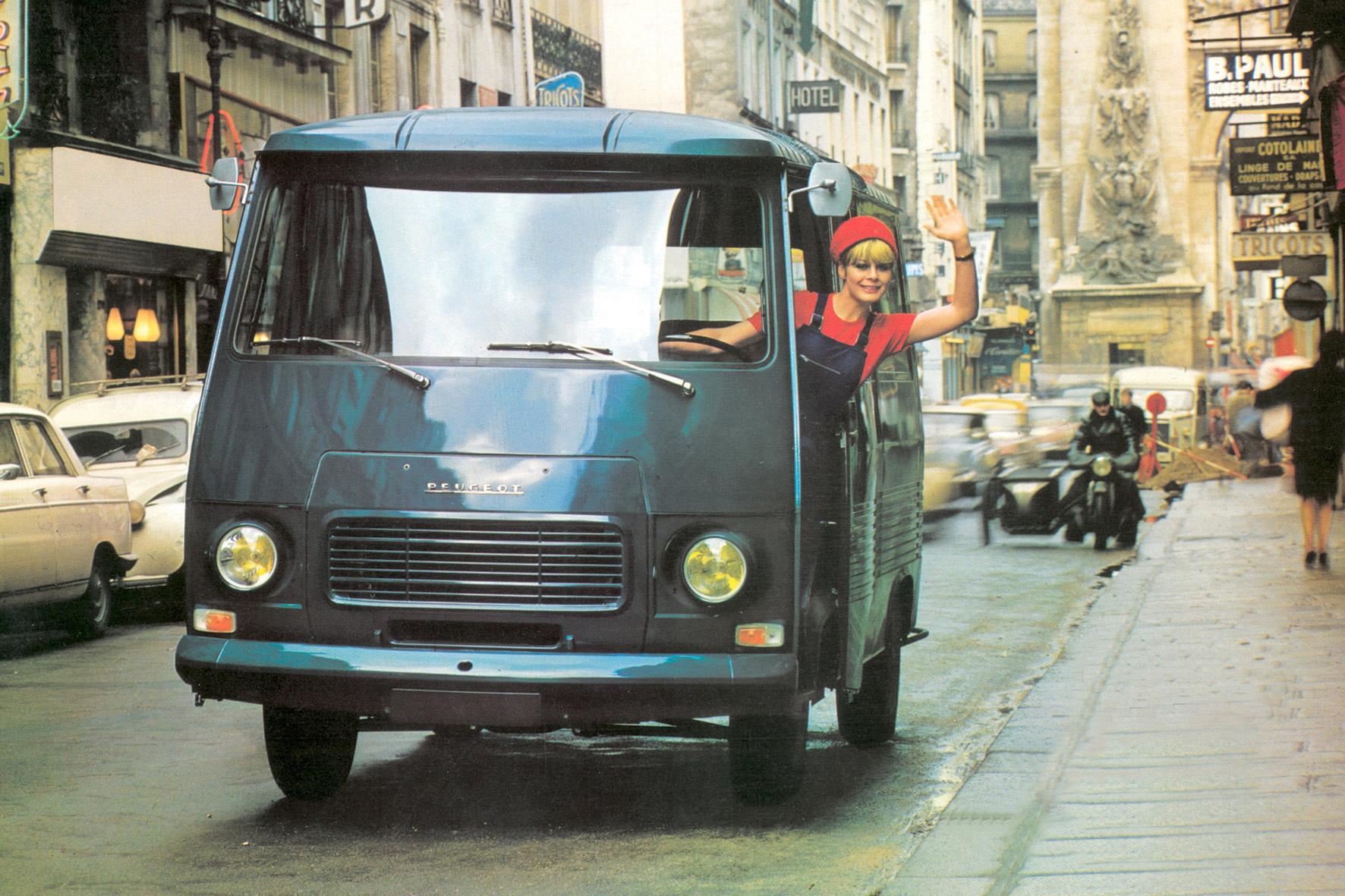 mid Düsseldorf - Vielseitiger Lastesel mit Kultstatus: Der Peugeot J7 wurde von 1965 bis 1980 insgesamt 336.220 Mal gebaut und war ein Trendsetter bei den Transportern.