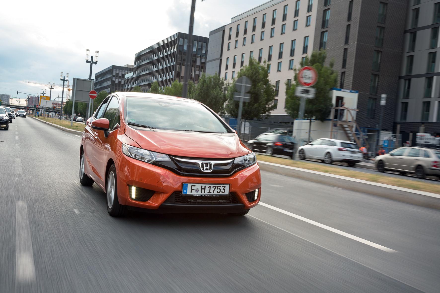 mid Erlensee/Hanau - Der neue Honda Jazz tritt in der nun dritten Modellgeneration mit  neu entwickelter Bodengruppe und neuen Assistenz- und Sicherheitssystemen an.
