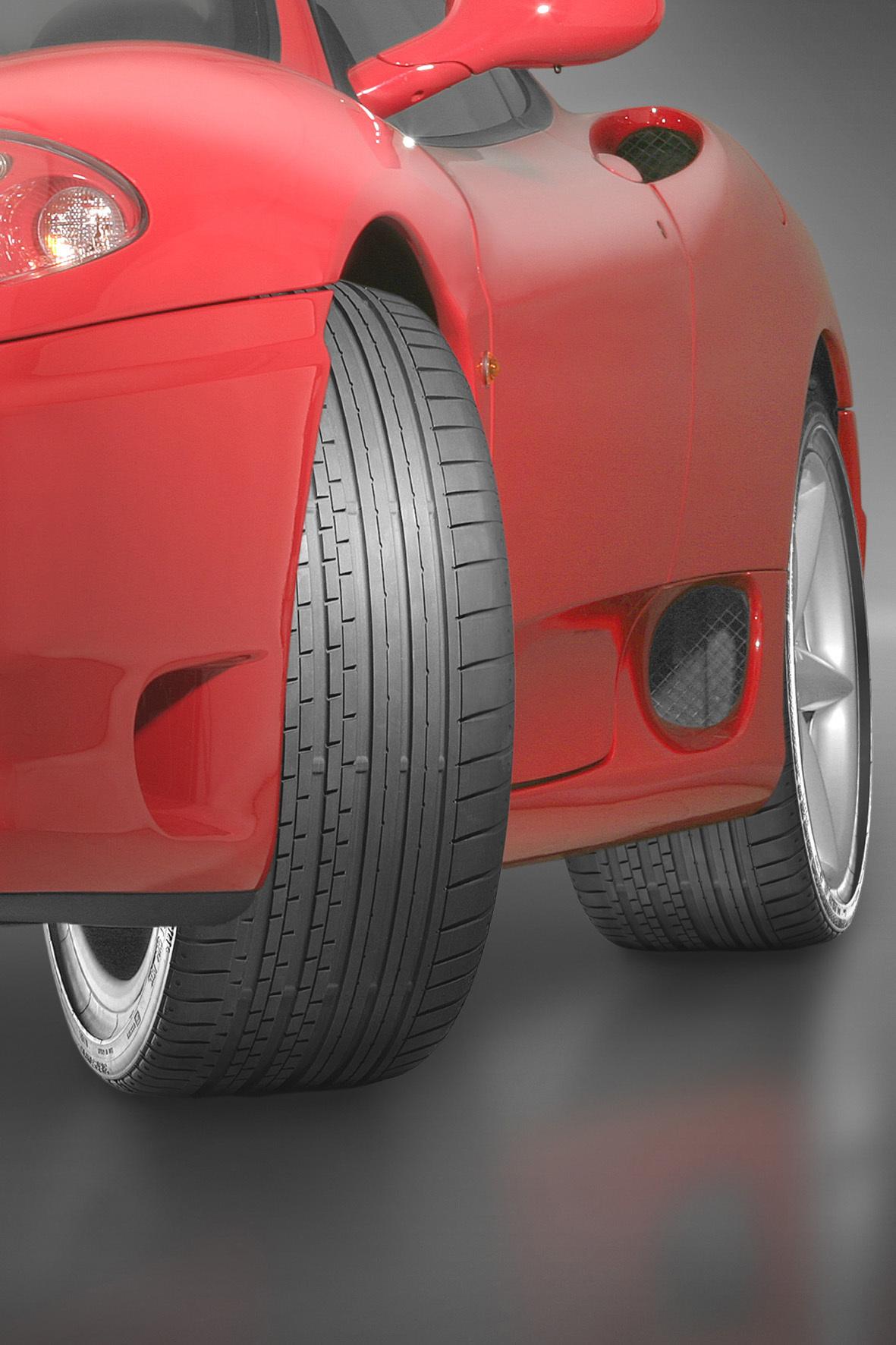mid Düsseldorf - Wollen Autofahrer bei ihrem Wagen breitere Reifen aufziehen, müssen sie zunächst im Vorfeld prüfen, ob Traglast und Geschwindigkeitsindex der neuen Pneus für das Fahrzeugmodell zugelassen sind.