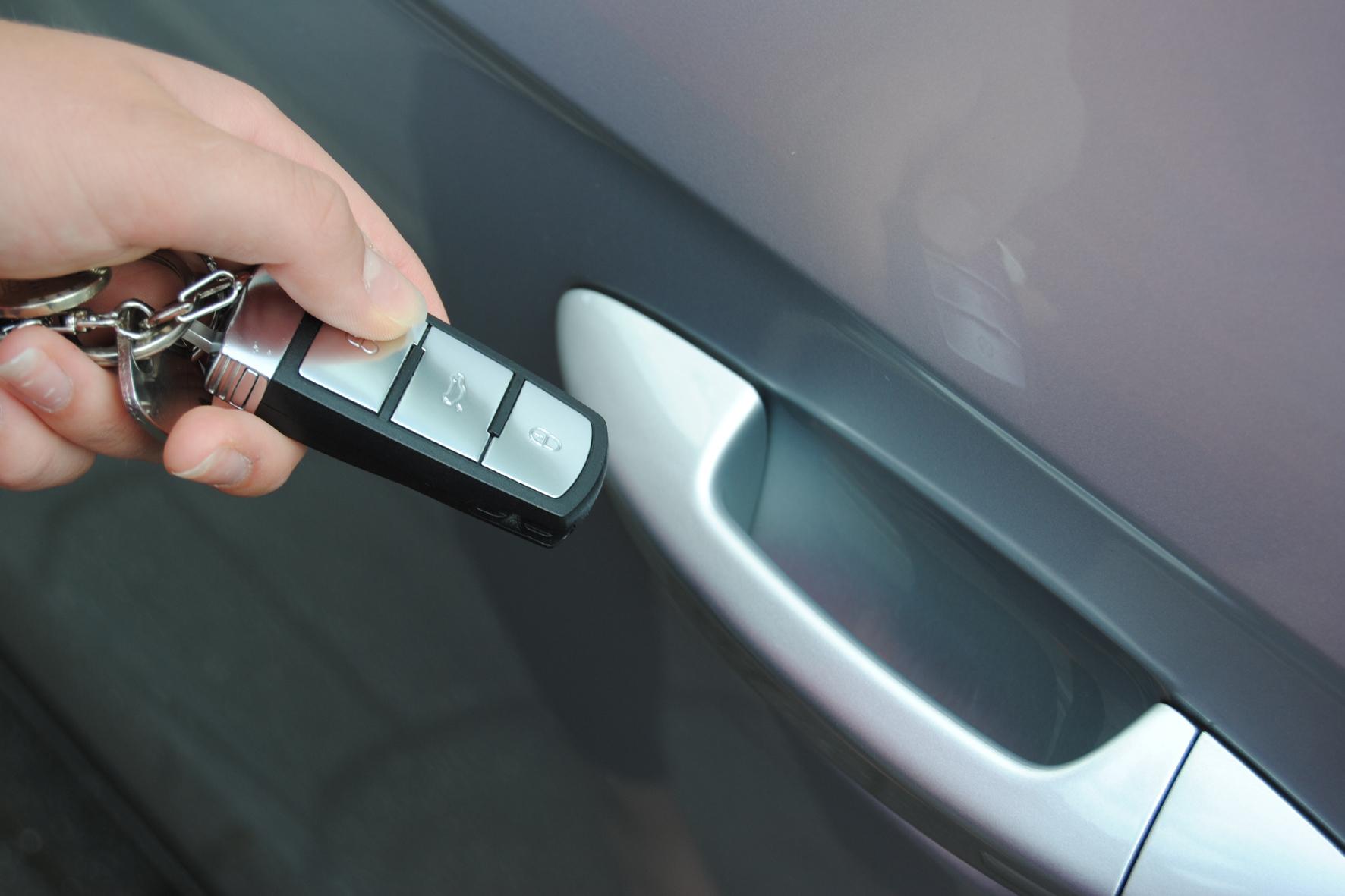 mid Düsseldorf - Geht ein Autoschlüssel mit elektronischer Wegfahrsperre verloren, sollte der Halter die Schlüssel sofort sperren lassen.