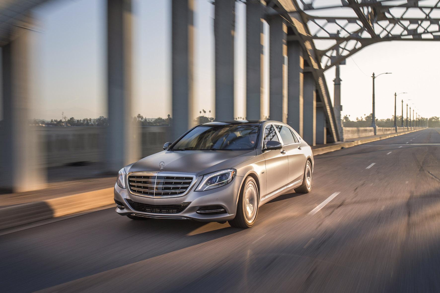 Peking mid - Der Mercedes-Maybach trifft den Geschmack der Chinesen. Jeden Monat werden im Reich der Mitte mehr als 500 Exemplare der Luxus-Limousine verkauft.