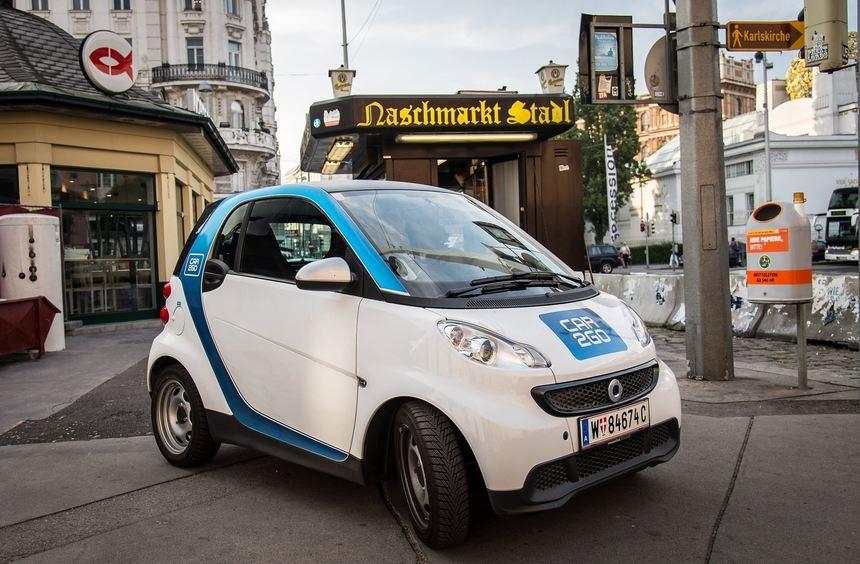 mid Düsseldorf - Süße Rast: Die smarte Mobilität lässt noch etwas Kleingeld für den Naschmarkt im ...