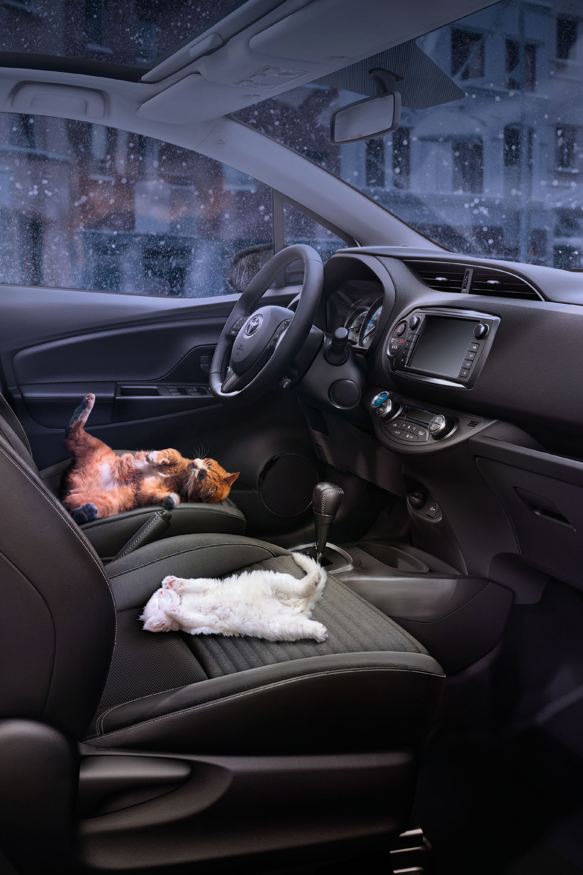 mid Köln - Ab ins Warme: Toyota bietet jetzt nachrüstbare Sitzheizungen für die gesamte Modell-Palette an.