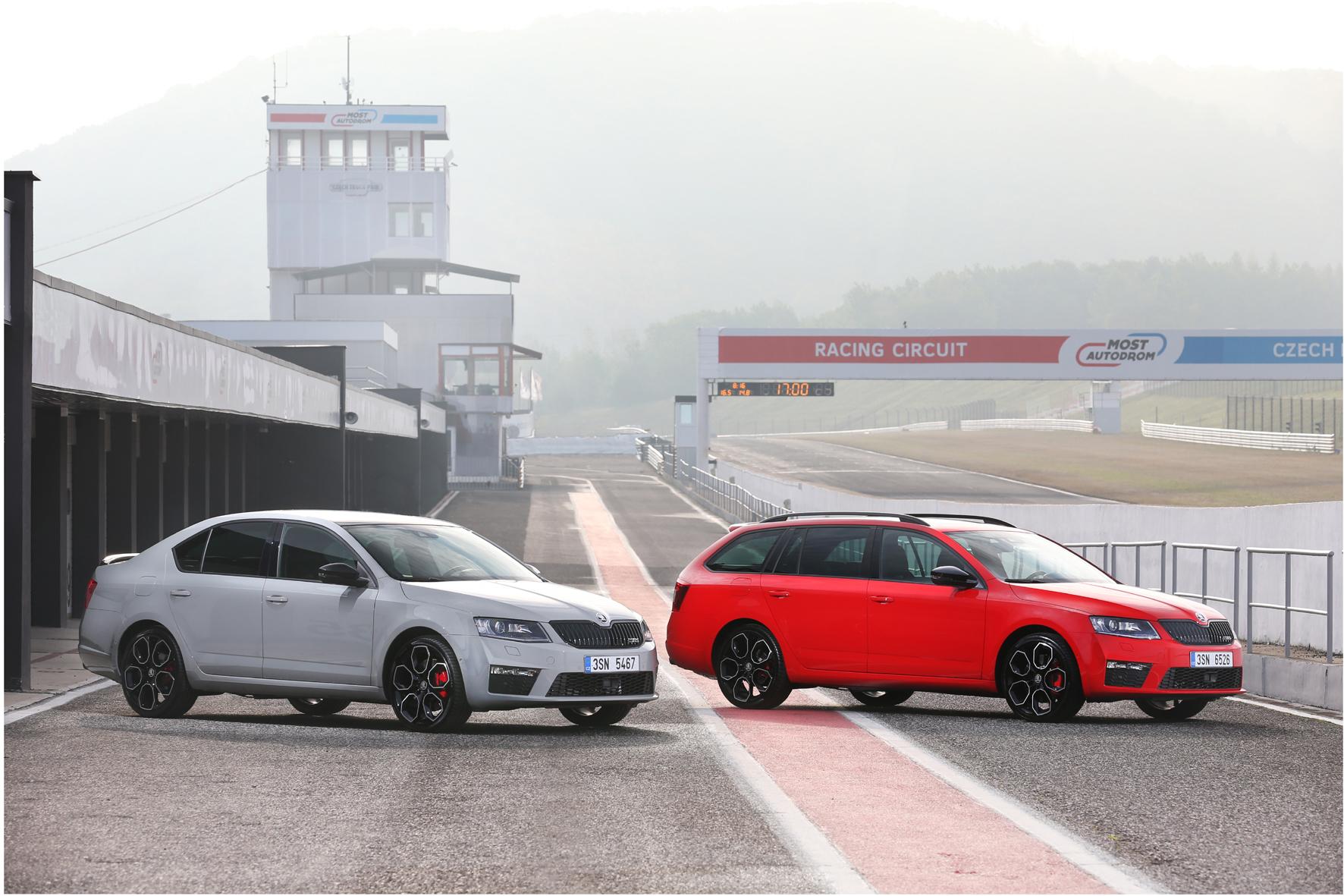 mid Bratislava/Slowakei - Für den Straßenverkehr und die Rennstrecke: die RS-Sportmodelle des Skoda Octavia als Limousine und Kombi.