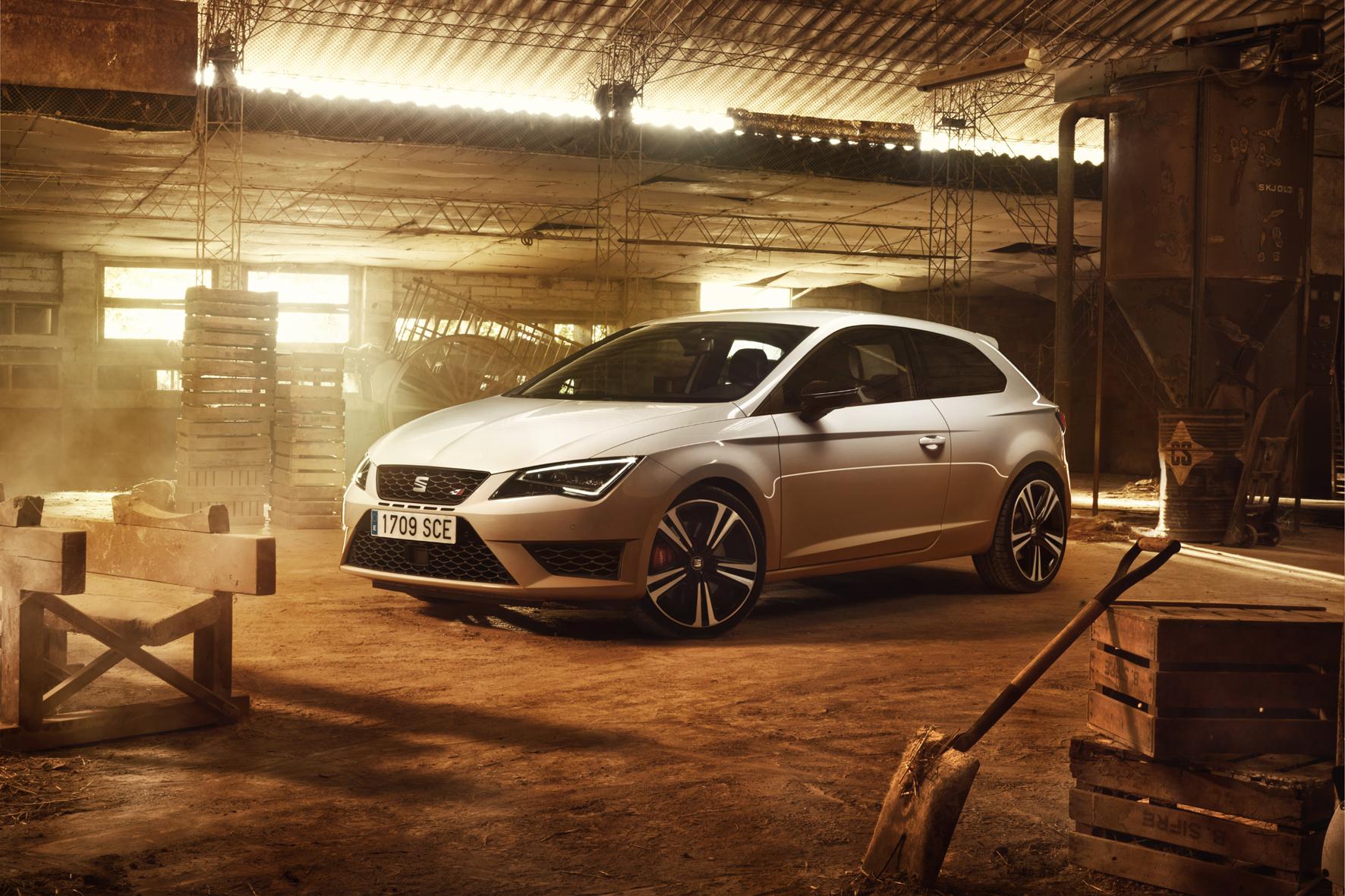 mid Weiterstadt - Mehr Leistung für den Seat Leon Cupra: Der neu entwickelte 2,0-Liter-Turbobenziner im Top-Modell der spanischen VW-Tochter leistet 290 PS.