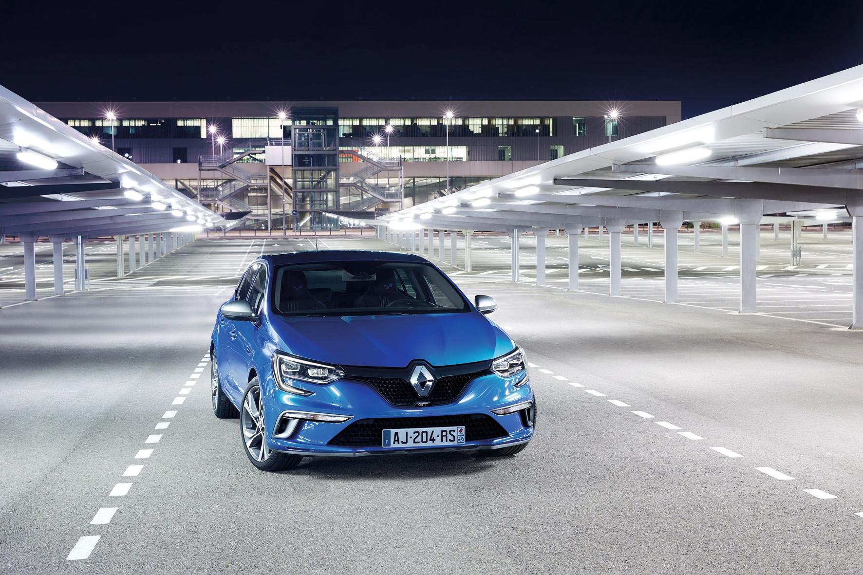 mid Düsseldorf - Start frei für die vierte Modellgeneration: Renault stellt auf der IAA in Frankfurt den neuen Mégane mit neuer Optik und neuen Motoren vor.