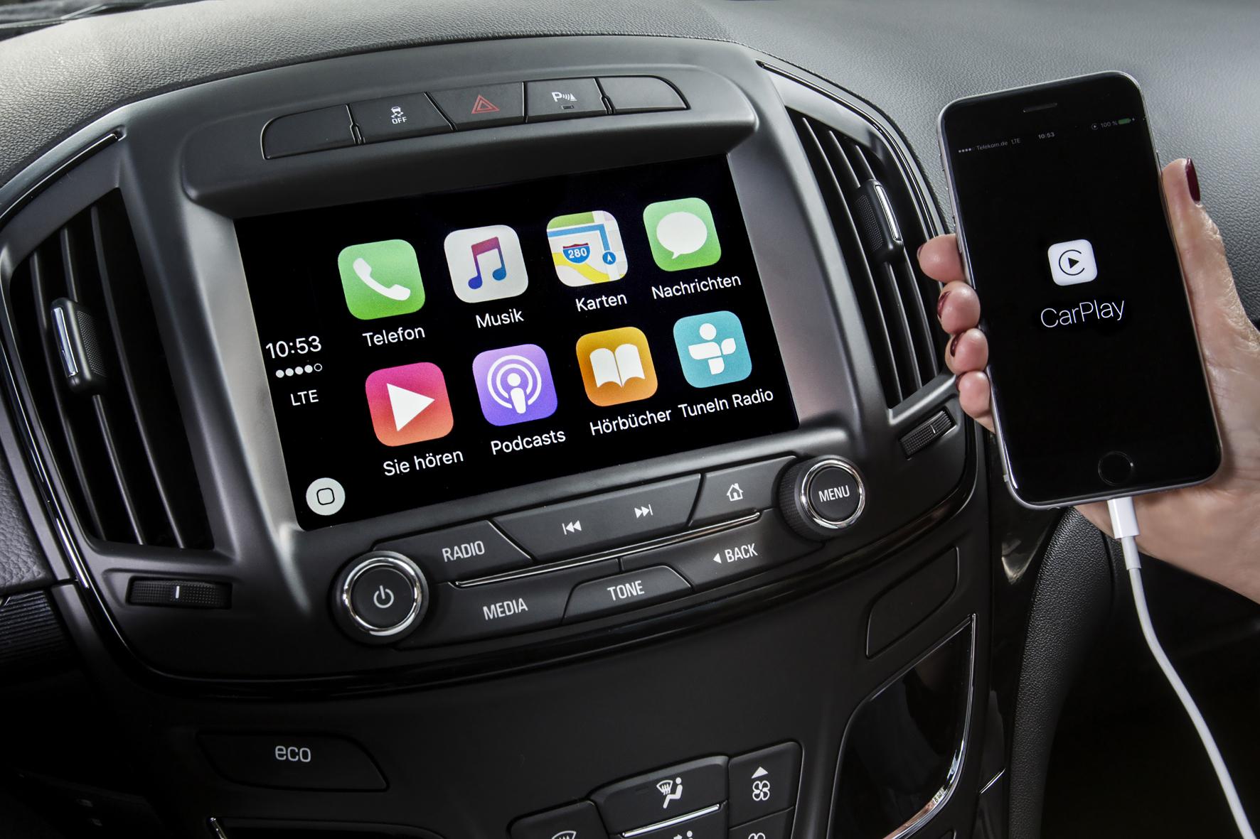 mid Düsseldorf - Infotainment-Update für den Opel Insignia: Das ab sofort erhältliche Navi 900 IntelliLink-System inklusive Smartphone-Integration.