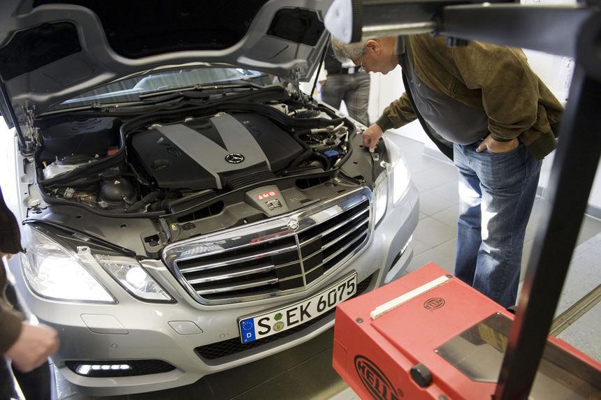 Mercedes: Neues Servicekonzept für Gebrauchtwagen-Käufer - Auto ...