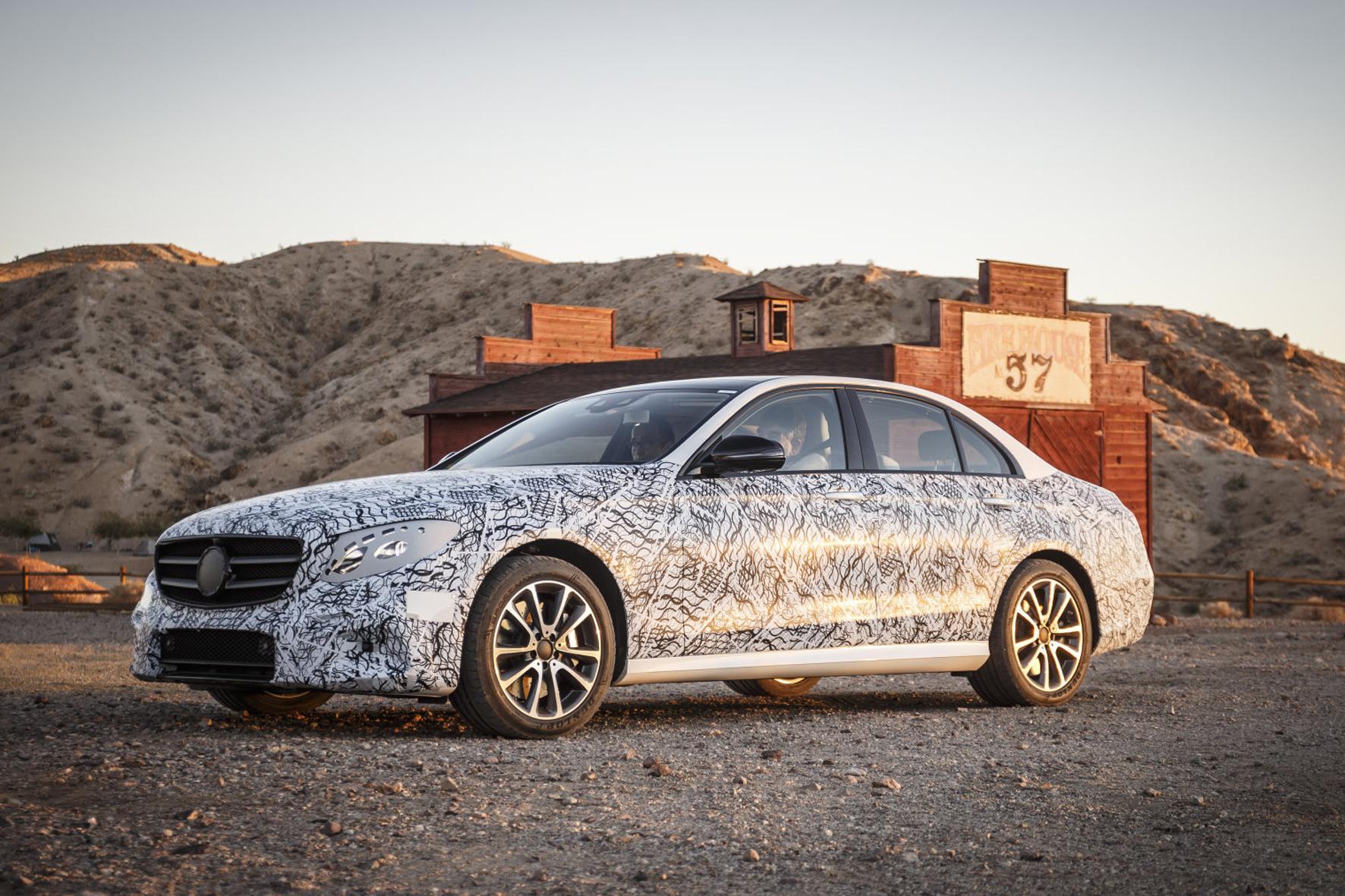 mid Las Vegas - Im April 2016 startet die Neuauflage der Mercedes E-Klasse, die in ihrer Klasse Maßstäbe setzen soll.