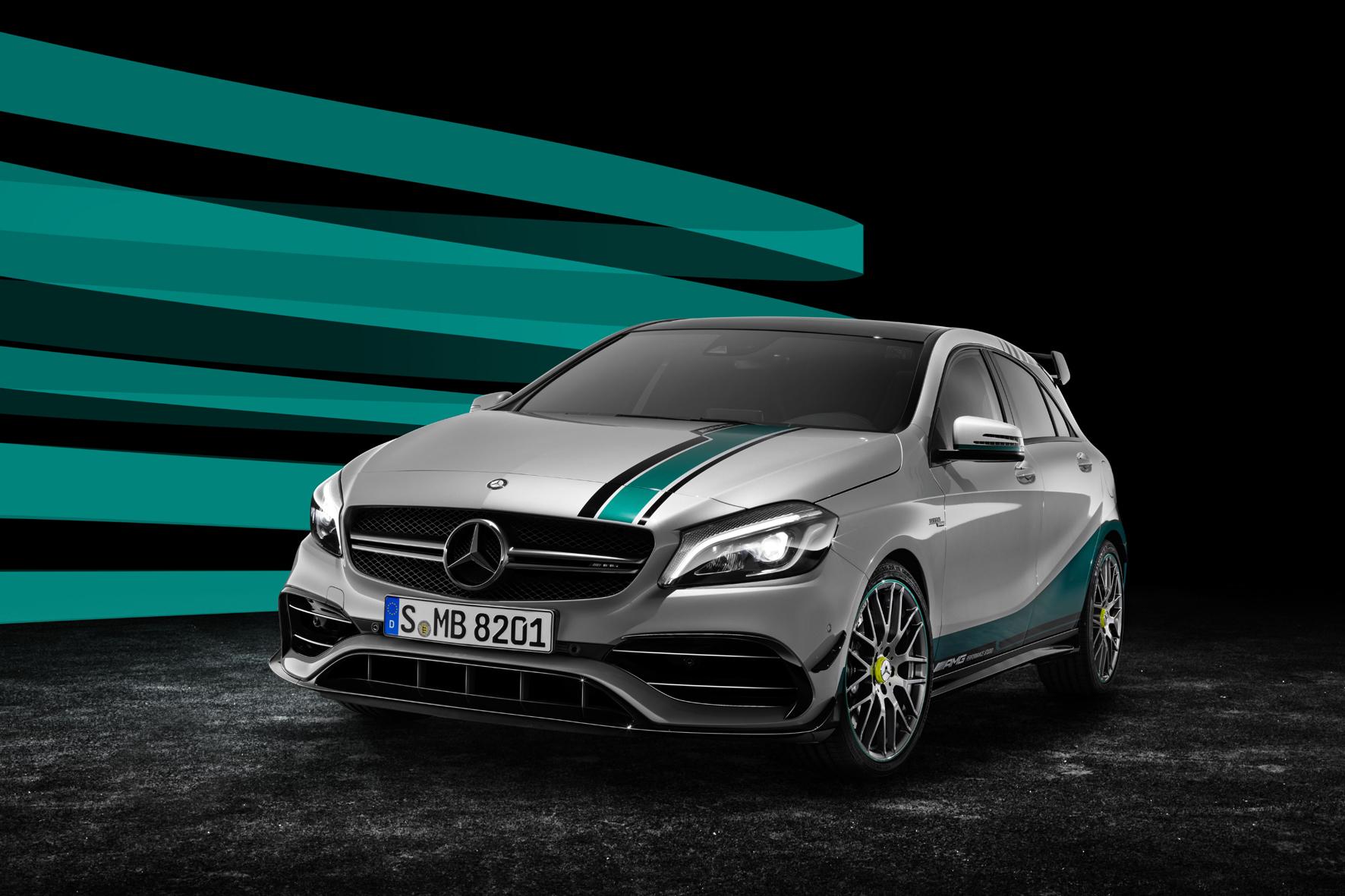 """mid Düsseldorf - Sondermodell anlässlich des Gewinns der Formel-1-WM: der Mercedes-AMG A45 in der """"Mercedes AMG Petronas 2015 World Champion Edition""""."""