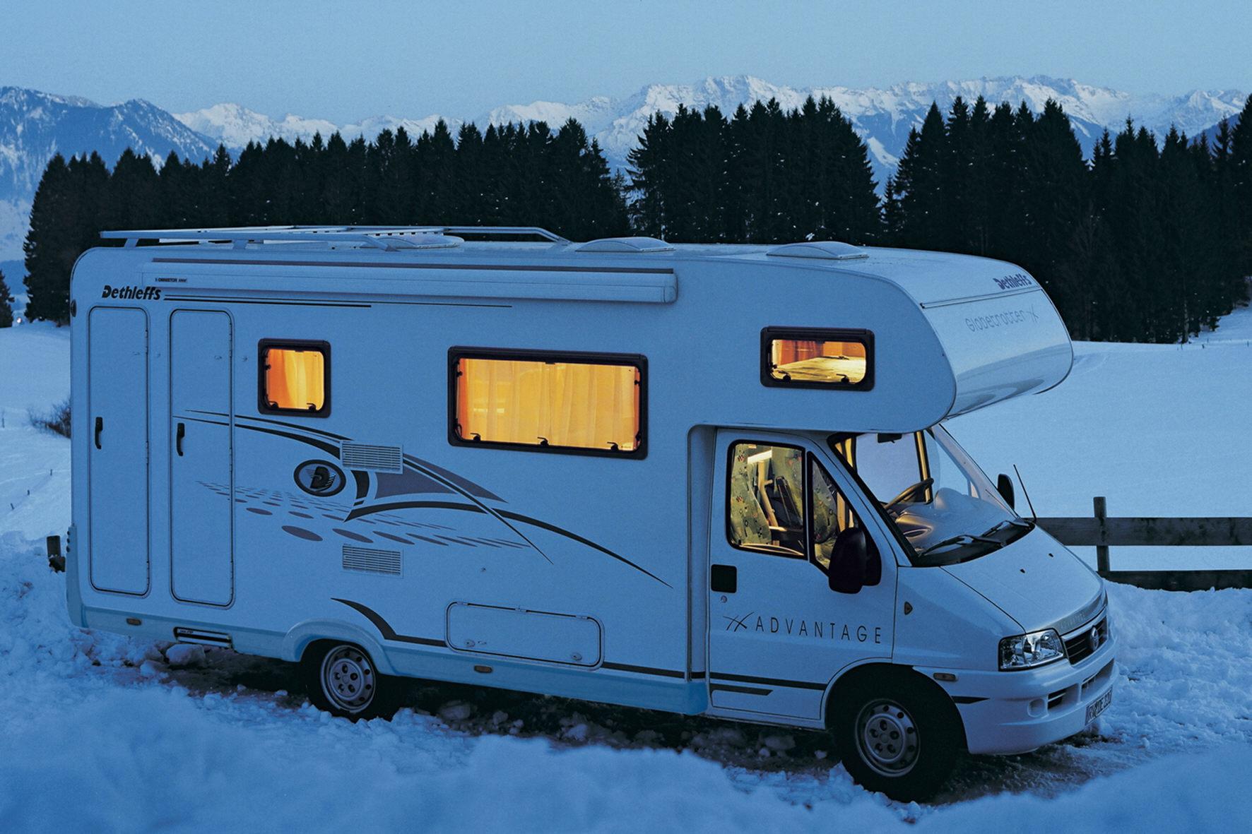 mid Düsseldorf - Wintercamper müssen ihr Fahrzeug gut vorbereiten, um auf Reisen und dem Campingplatz keine böse Überraschung zu erleben.
