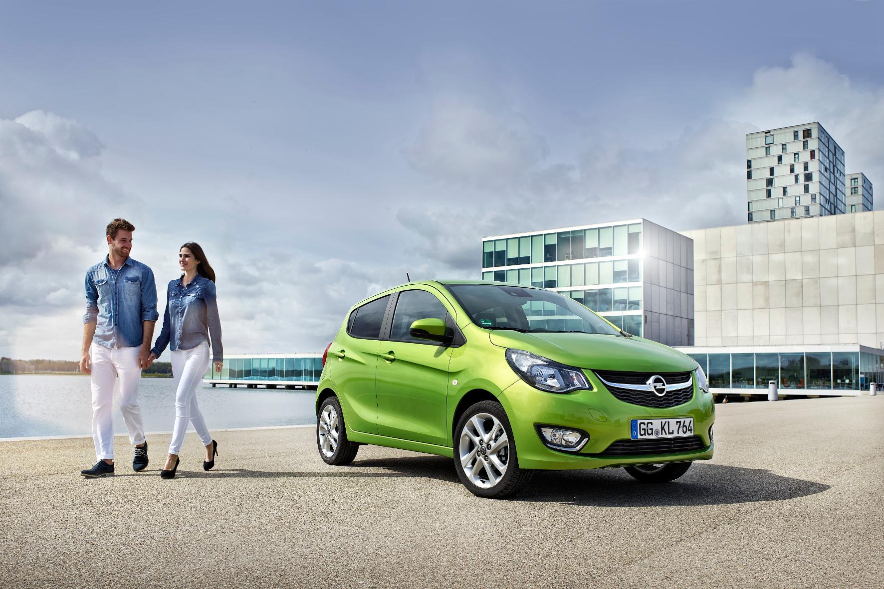 mid Groß-Gerau - Opel stattet den Karl jetzt mit dem neuen Intellilink-Infotainment-System und dem Online- und Service-Assistenten OnStar aus.