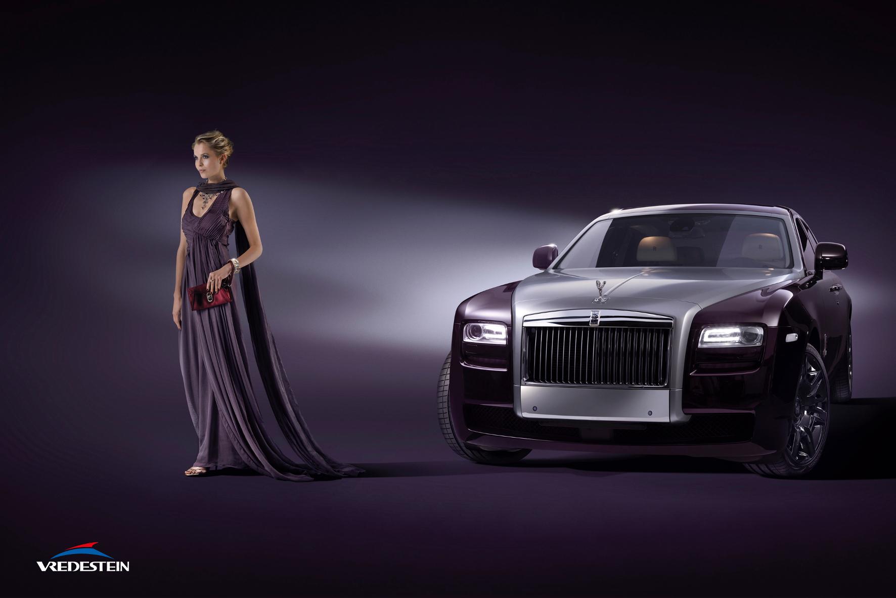 """mid Groß-Gerau - Haute Couture nicht nur für Menschen, sondern auch für Autos: Vredestein bietet im Rahmen des Konzepts """"Premium Styling by Vredestein"""" von der Design-Ikone Giugiaro entworfene Ultra-High-Performance-Reifen an."""