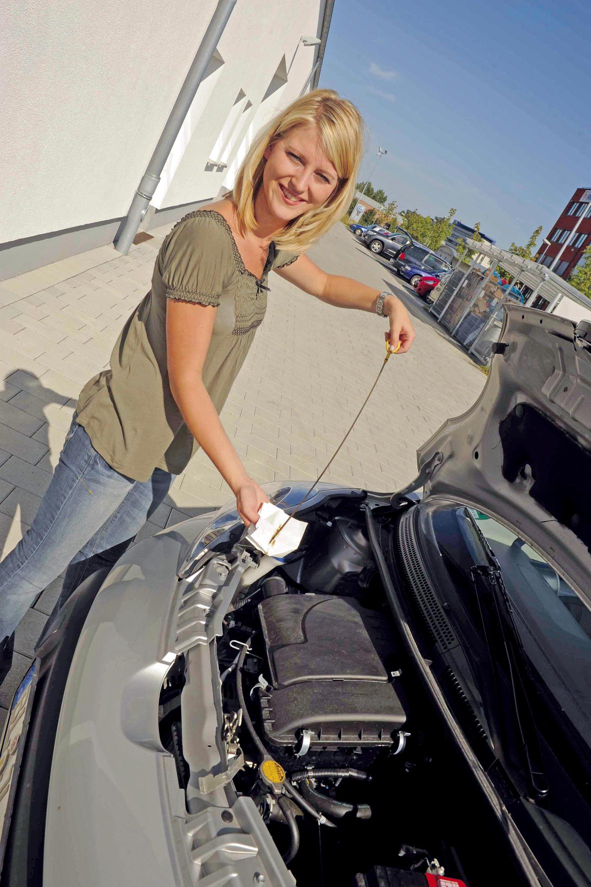 mid Groß-Gerau - Immer mehr deutsche Autofahrer führen Wartungsarbeiten am Pkw selbst durch. Dabei trauen sich viele deutlich mehr zu als nur die Kontrolle oder den Wechsel des Motoröls.