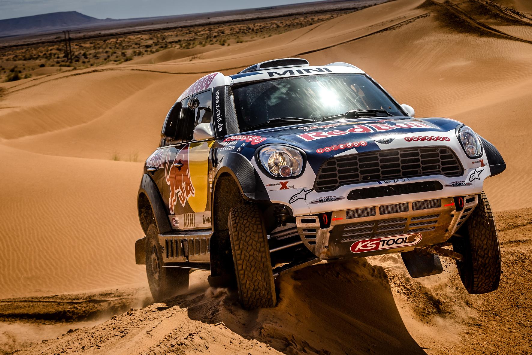 mid Groß-Gerau - Mit einem Dutzend Wüsten-Minis reist das Team MINI ALL4 Racing zur Rallye Dakar 2016.