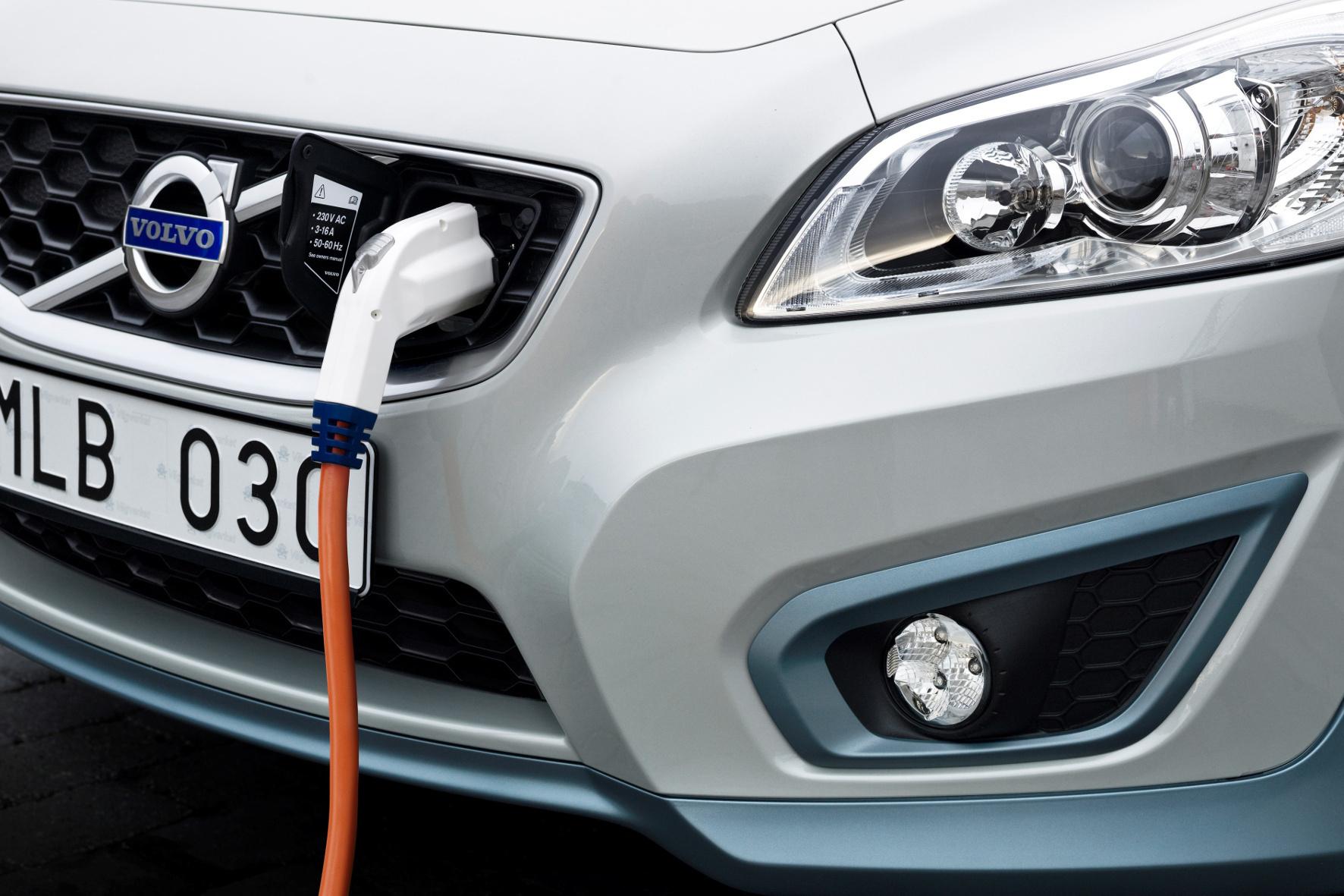 mid Groß-Gerau - Volvo setzt in den kommenden Jahren zunehmend auf Elektro- und Hybrid-Antriebe.