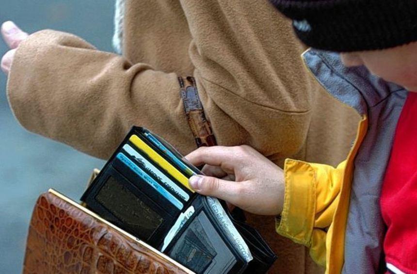 Taschendiebstahl: Hier sind die Zahlen in der Stadt mit fast 64 Prozent am deutlichsten gestiegen.