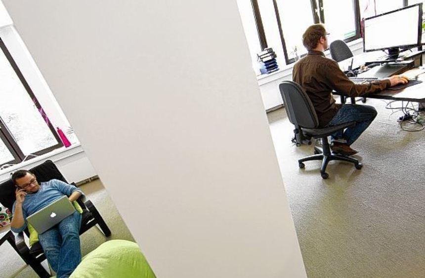 Zwei Arbeitnehmer teilen sich als Tandem eine Stelle - für das Berliner Unternehmen Tandemploy ist ...