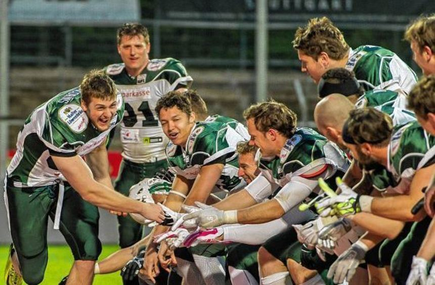 """Moritz Böhringer (links) hat bei den """"NFL Pro Days"""" in Florida einen guten Eindruck hinterlassen. ..."""