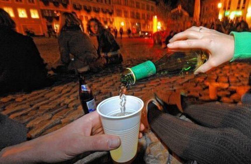 Die Zahl der Jugendlichen, die im Main-Tauber-Kreis wegen Alkoholvergiftungen im Krankenhaus ...