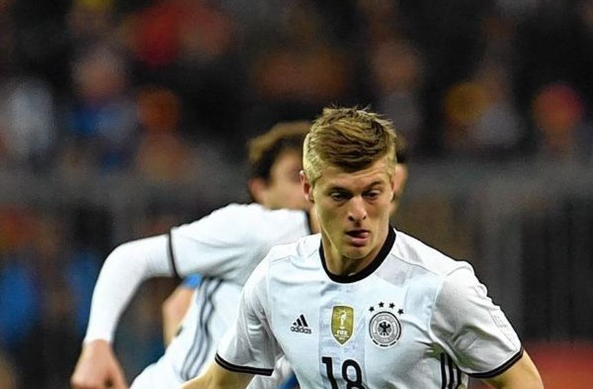 Weltmeister und Real-Star Toni Kroos ist als einziger deutscher Profi beim Clasico dabei.
