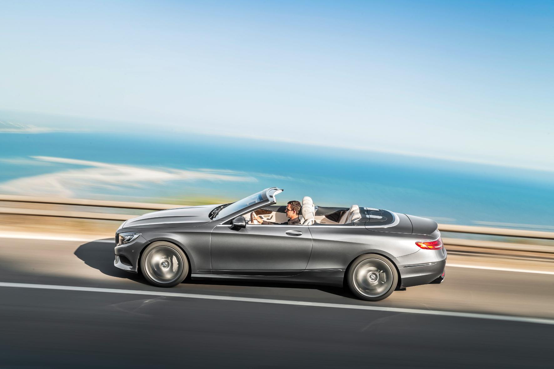 mid Nizza - Höchster Luxus für vier Personen, mit viel Stil, aber ohne Dach: das Mercedes-Benz S-Klasse Cabriolet.