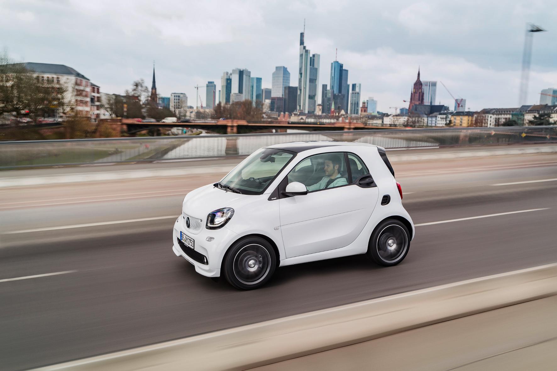 mid Groß-Gerau - Brabus schickt den Smart jetzt in einer besonders sportlichen und üppig ausgestatteten Variante ins Rennen.