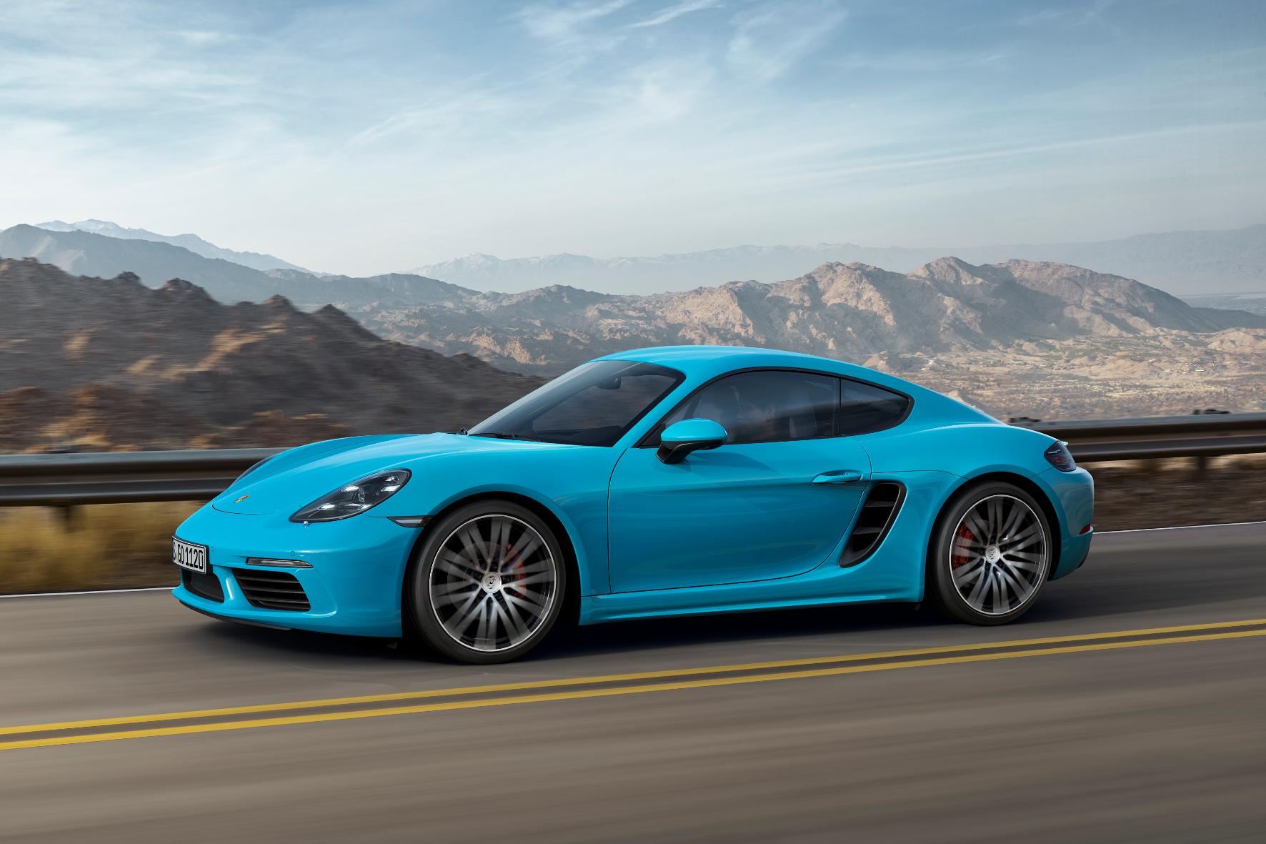 mid Stuttgart - Nach dem Boxster schickt Porsche jetzt auch den Cayman mit Vier- anstatt Sechszylinder-Motoren auf die Straße.