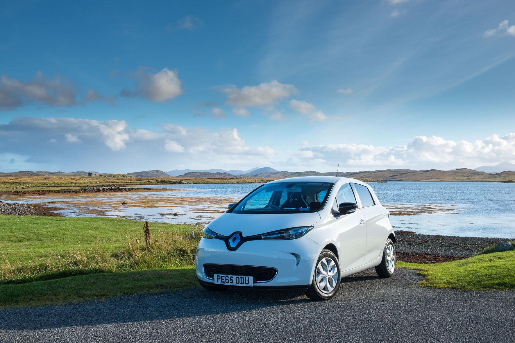 mid Groß-Gerau - Die Kaufprämie für Elektroautos wird Auswirkungen auf den Gebrauchtwagenmarkt haben. Bereits jetzt gehören drei batterieelektrische Modelle zu den zehn Autos mit dem größten Angebotszuwachs.