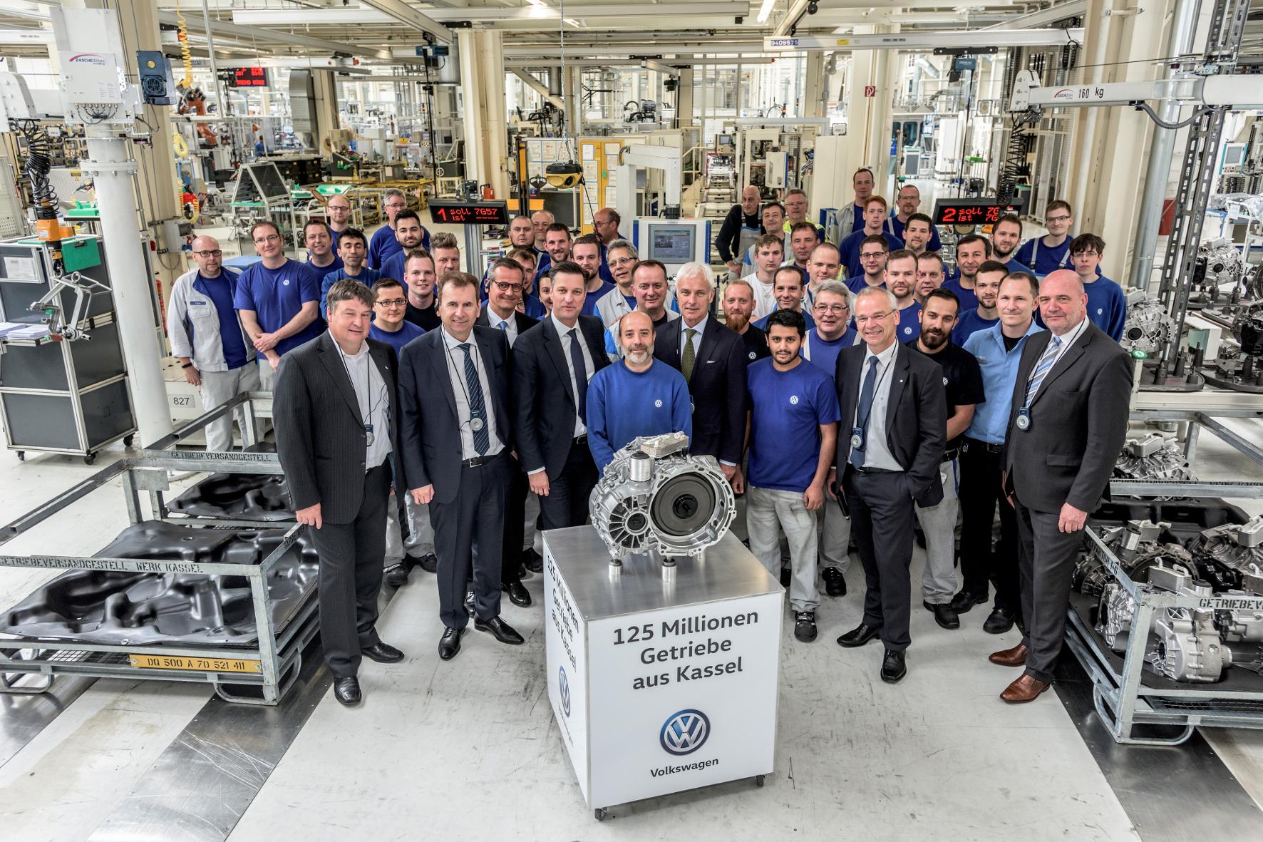 mid Groß-Gerau - Ein Grund zum Feiern: Im VW-Werk in Kassel wurde jetzt bereits das 125-millionste Getriebe produziert.