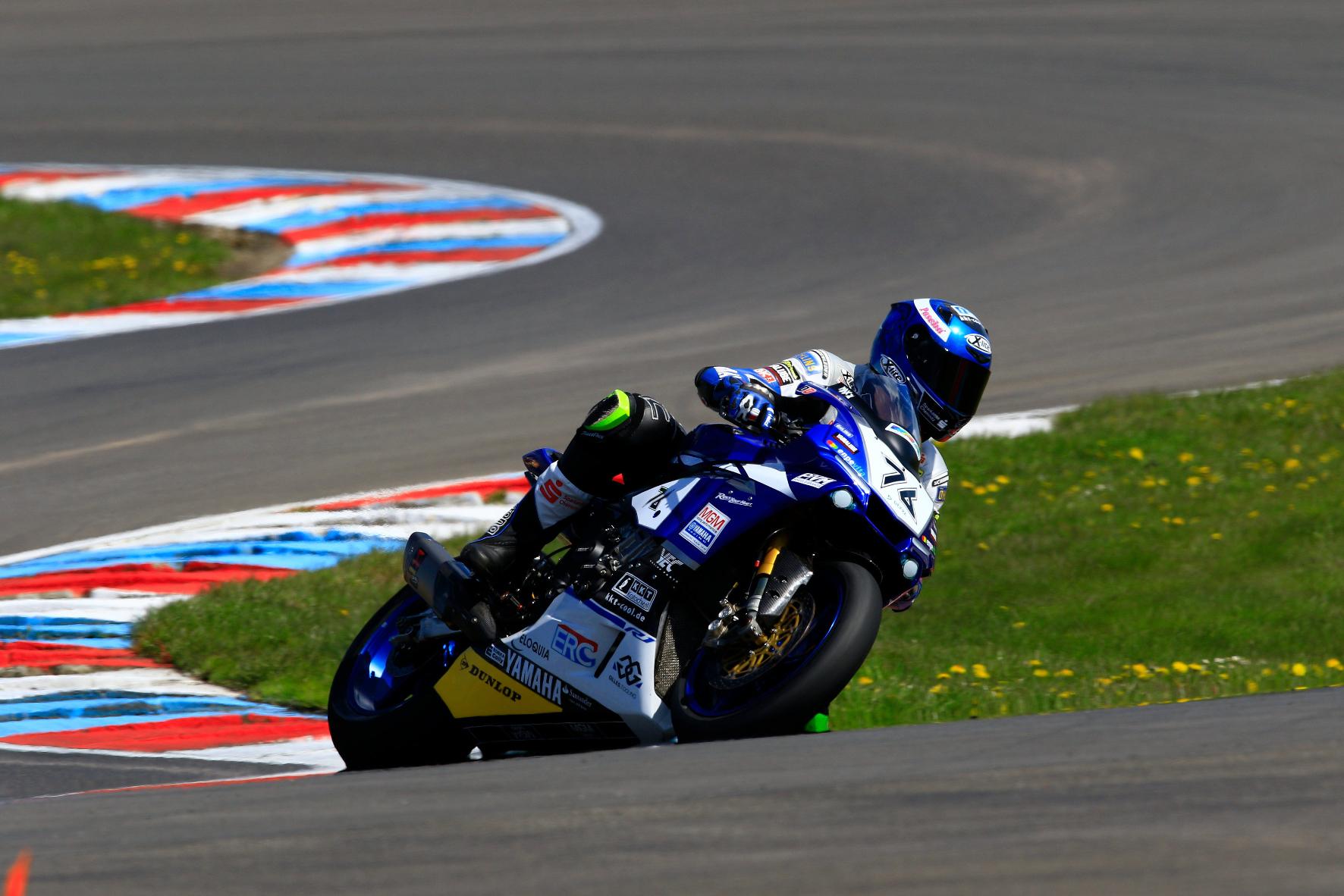 mid Groß-Gerau - Dunlop nutzt sein Engagement in der Superbike-Meisterschaft auch als Feldtest für seine Serien-Pneus. Im Bild: der Gesamt-Zweite Max Neukirchner vom Team Yamaha MGM.