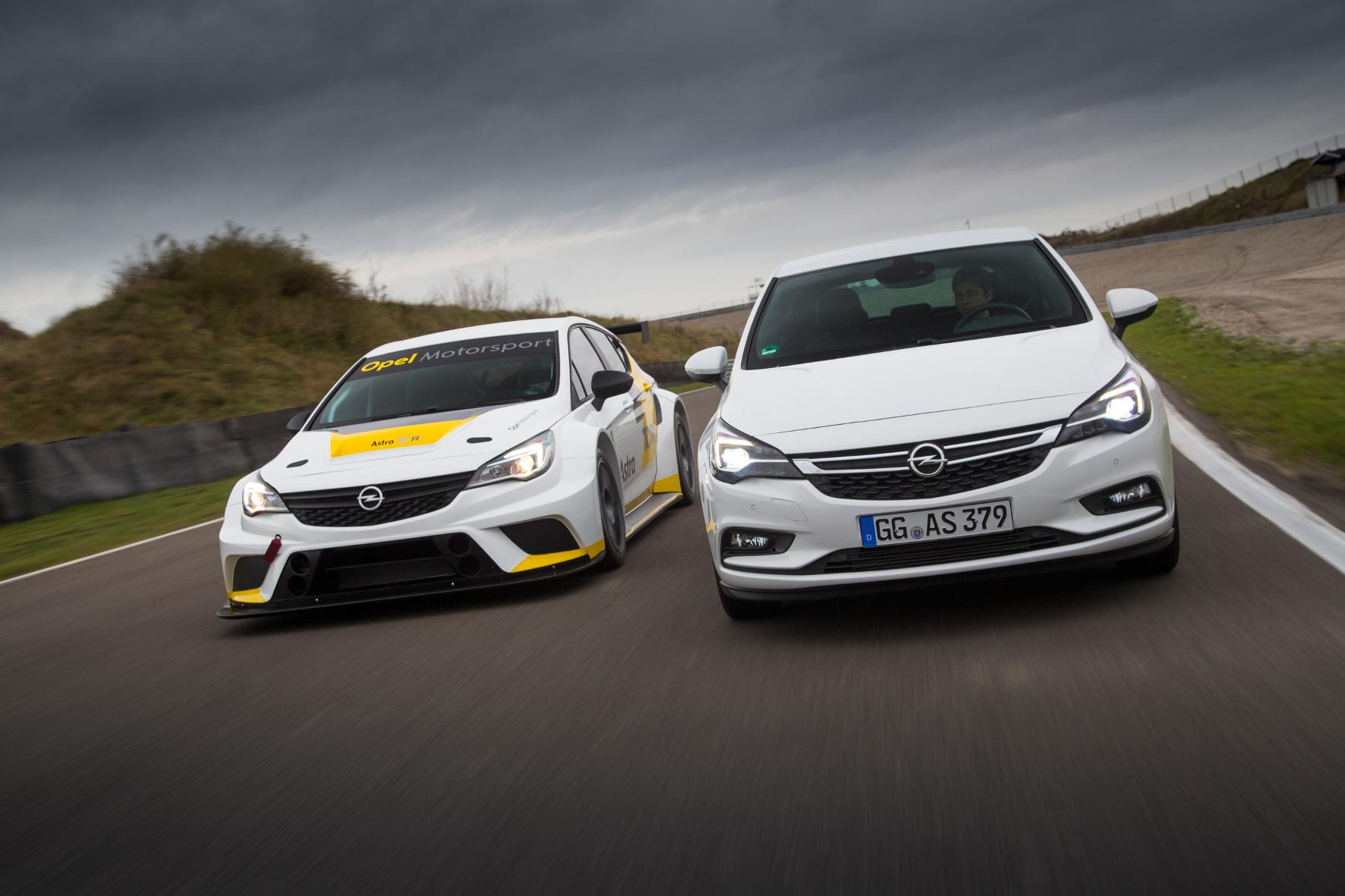 mid Groß-Gerau - Autobauer und Zulieferer investieren Unsummen in den Rennsport. Dadurch wollen die Konzerne ihre Bekanntheit steigern und letztlich mehr Autos verkaufen.