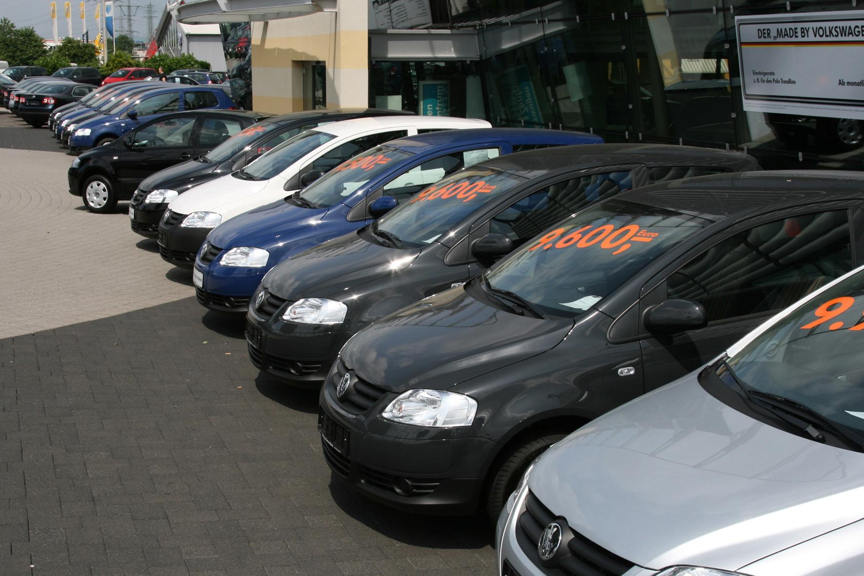 mid Groß-Gerau - Die Gebrauchtwagenpreise in Deutschland befinden sich im Sturzflug.