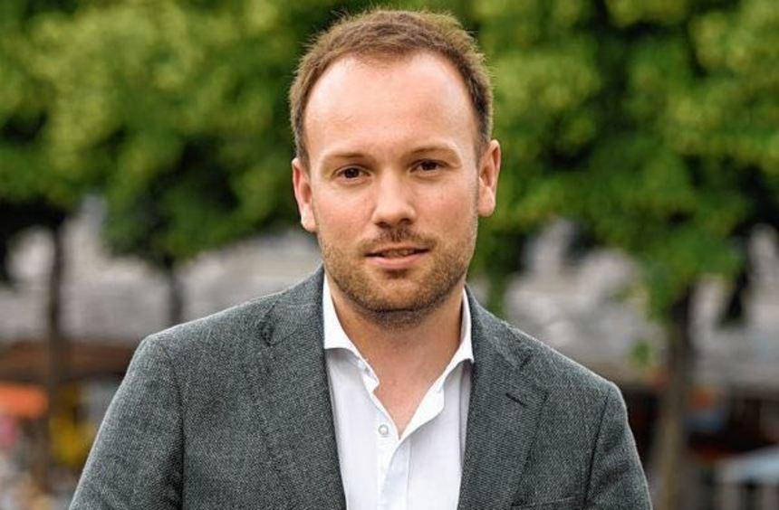 Er will sich 2017 für die Mannheimer CDU um ein Bundestagsmandat bewerben: Nikolas Löbel (großes ...