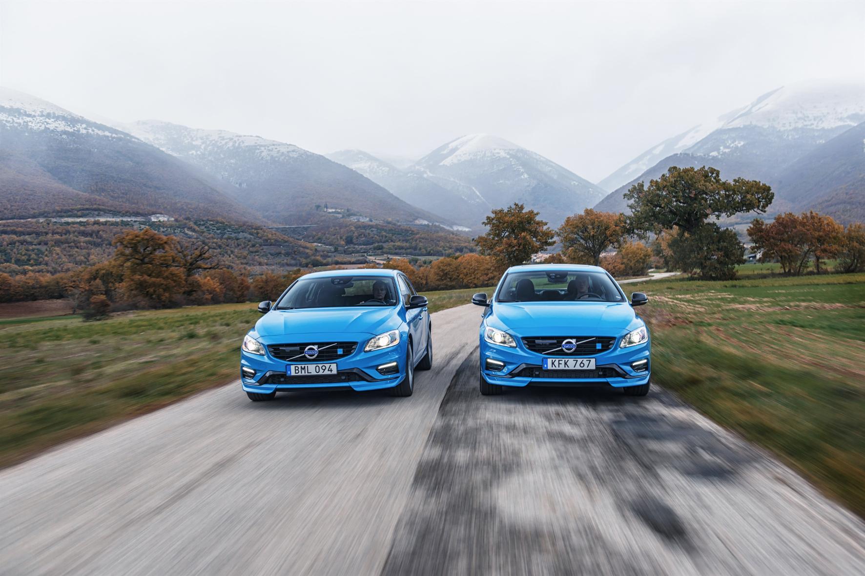 mid Groß-Gerau - Schweden-Sportler im Anflug: Die Polestar-Varianten von S60 und V60 sind jetzt zu Preisen ab 68.000 Euro bestellbar.