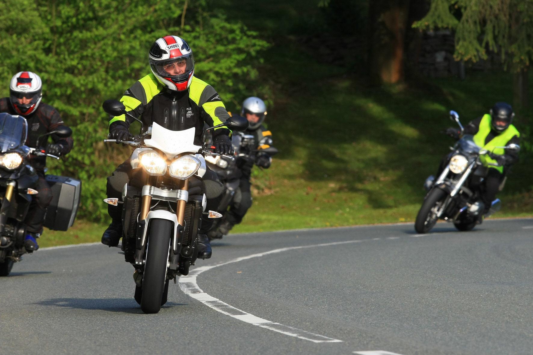 mid Groß-Gerau - Schutzkleidung ist für Biker auch im Hochsommer Pflicht.